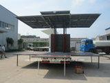 Dongfeng 4X2 야외 무대 트럭 6tons 이동할 수 있는 단계 실행 LED 차량