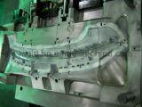 Moulage par injection en plastique de déflecteur intérieur automobile de T-Grille
