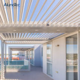 縦のポストが付いている全天候用水平のルーバー屋根システム
