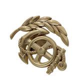 Moda grossista profissional estanho metálico personalizado emblema distintivo do Exército