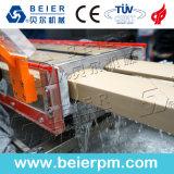 Belüftung-hölzerne Plastik-und Vorstand-Extruder-Produktions-Strangpresßling-Zeile
