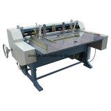 Автоматическая машина для нарезки платы серого цвета в салоне принятия решений
