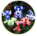 El cubo mágico de la sección mágica del cubo 24 del rompecabezas de los niños