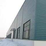 Structure légère en acier avec ventilateur de l'atelier sur le toit