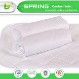 Bebé Cambiar Pad con coloridos de la superficie de algodón suave y transpirable y de la capa de algodón absorbente