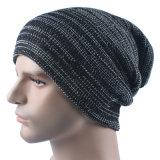 Cappello caldo del Beanie della protezione lavorato a maglia inverno morbido di doppio strato di stirata del Mens (HW423)