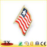 Подгонянный значок металла формы национального флага