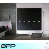 Retro alte Form-dunkle hölzerne eingehängte Wandschrank-Schlafzimmer-Möbel