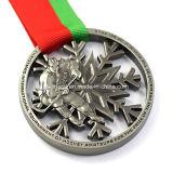 Medalla Shaped vendedora caliente del deporte del copo de nieve de encargo