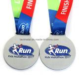 2017 리본을%s 가진 주문 다채로운 아연 합금 마라톤 스포츠 메달