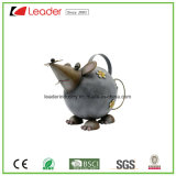 Metal pintado à mão Cute Mouse Figurine Watering Can for Home and Garden Decoration