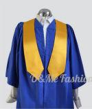 Uniforme scolastico su accademico del vestito