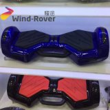 ハンドルとのHoverboardのバランスをとっている安い価格V2の小型電気スクーター2の車輪の自己