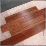 高品質の固体Merbauの木の床