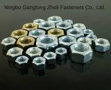 Las tuercas hexagonales de M6-M80 ISO4032 con cinc platearon