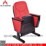 講堂の家具の一般使用の講堂の折りたたみ椅子Yj1001g