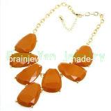 La moda de verano joyas hechas a mano de piedra marrón Crystal Estrás Collar chapado en aleación de zinc resina gargantilla de oro (PN-092)