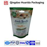 Пластичный мешок собачьей еды с зазубриной отверстия и разрыва евро