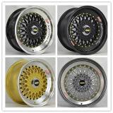 Новая конструкция реплики поднесите на расстояние 15-20-дюймовыми легкосплавными колесными дисками колес