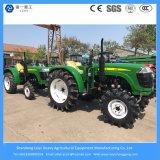 コンパクトな4wheel農場か庭または芝生または小型力40HPかXinchaiのディーゼル機関を搭載する農業トラクター