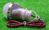 Lâmpada LED com cabo