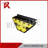 Lumière solaire r3fléchissante de rambarde de route