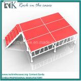 屋外のイベントのための赤いプラットホームが付いているRkの携帯用アルミニウム段階