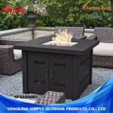 Le Gaz Outdoor Fire Pit Table avec Hammered-Antique-Bronze Finish et Fire Pit couvrir