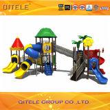 Buntes verwendetes im Freienspielplatz-Gerät für Kinder des Alters-5-12