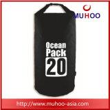 Le sac imperméable à l'eau de hausse campant extérieur de surf sur neige folâtre le sac à dos