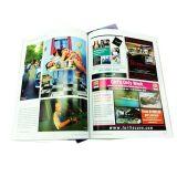 La impresión de la revista multicolor de alta calidad