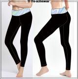 Il modo delle ghette di yoga delle donne ansima i pantaloni variopinti di yoga