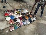 Zapatos usados y zapatos de la segunda mano