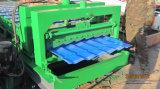 El acero de gran eficacia del color esmaltó el rodillo del panel de la azotea de azulejo que formaba la máquina