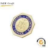 Médaille de logo gravée en relief par peinture en gros d'or pour la concurrence courante