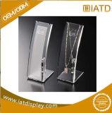 Sauter vers le haut le bijou acrylique annonçant l'étalage cosmétique de stand portatif au détail en plastique de crémaillère de tuile de Pegboard de lunetterie de mémoire de bijou de système pour la promotion des ventes
