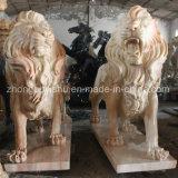 Dierlijk Beeldhouwwerk, een Paar van het Marmeren Beeldhouwwerk van de Leeuw