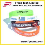 Vente en gros bracelet en silicone de couleur pure avec votre logo