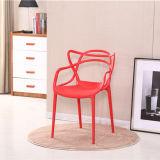 Простая конструкция дешевые наращиваемые обеденный пластиковый стул