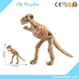 恐竜はプラスチックマグナ骨の恐竜の骨組をもてあそぶ