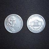 O plástico opor moedas do plástico dos símbolos do jogo