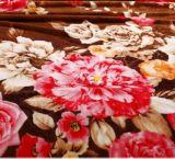 Couverture obligatoire de vente chaude de flanelle estampée par fleur de bonne qualité