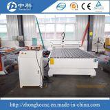 Маршрутизатор CNC алюминиевой таблицы T-Шлица деревянный работая
