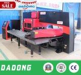 판매를 위한 CNC 포탑 펀칭기 가격을 각인하는 금속
