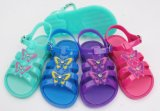 La varia jalea de los niños del PVC del color calza las sandalias (KR-M88)
