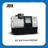 Pequeña inclinación bancada de la máquina CNC Torno con la vía guía linear (CXK32 / HTC32)