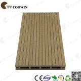 Decking поставщика Grooved красный деревянный напольный WPC Китая