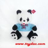 Panda bourré de T-shirt avec la proue