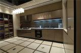 2016年Welbomの見えないハンドル、光沢度の高い終わりの現代ヨーロッパの白い食器棚の