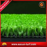 Gazon artificiel semblant normal d'herbe pour l'aménagement de jardin